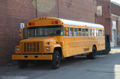 warby_parker_school_bus